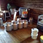 Откачка мёда. Готовим фляги к разливанию по ведрам