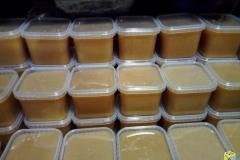 Полевой мёд спустя неделю после откачки
