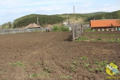 Вспахали огород, посадили картошку и грядки. 17 мая