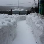 На северную сторону снега наметает всегда больше