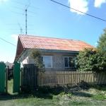 Покрасили крышу на доме