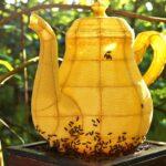 Чайник из пчелиных сот