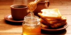 Мёд с корицей снижает вес